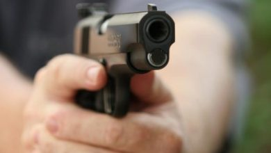 Photo of Hombre mata a su expareja de tres disparos por negarse a volver con él