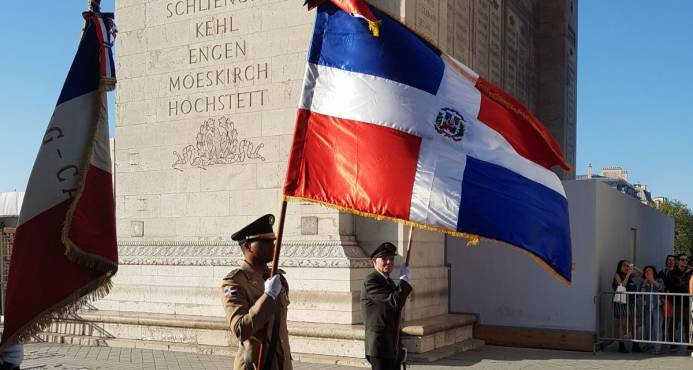Consulado General En Francia Conmemora 53 Aniversario De Abril Del