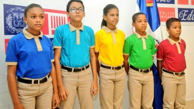Photo of Textileros denuncian que Educación pagará más caro los «poloshirts» importados que los criollos