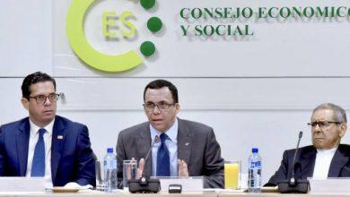 Photo of Navarro anuncia proceso de concertación social para nueva ley de educación