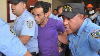 Photo of Video: «Que acaben con él», exclama pariente de mujer asesinada por Chaman Chacra en audiencia