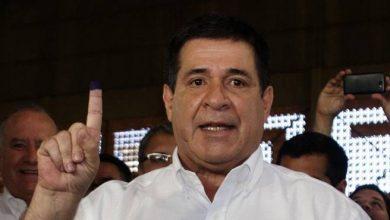 Photo of Cartes renuncia como presidente de Paraguay para asumir como senador