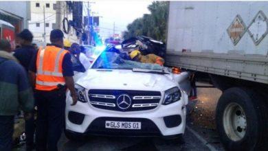 Photo of Muere joven al estrellar yipeta contra camión en avenida Abraham Lincoln