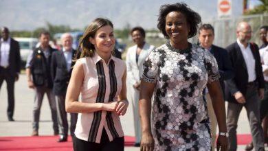 Photo of La primera dama de Haití da la bienvenida al país a la reina Letizia
