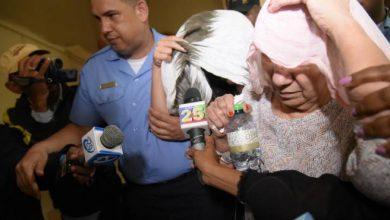 Photo of Dictan prisión preventiva contra mujeres implicadas en decomiso de dólares
