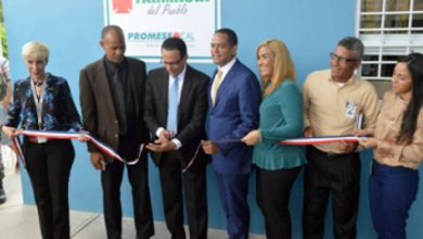 Photo of Promese inaugura farmacia del pueblo en Santiago