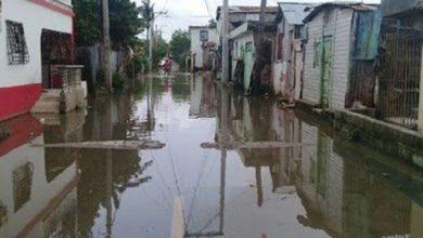 Photo of Aguaceros incomunican comunidades en San Cristóbal y el colapso del acueducto en Los Cacaos