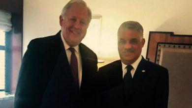 Photo of Canciller Miguel Vargas y subsecretario de Estado de EE. UU analizan agenda bilateral y regional