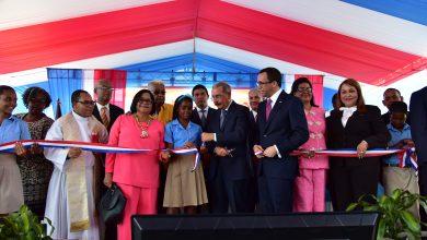 Photo of Presidente Danilo Medina Entrega Un Moderno Centro Educativo De 34 Aulas En Manoguayabo