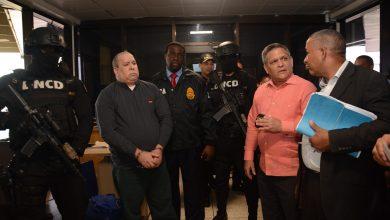 Photo of Extraditan De Estados Unidos Vinculado Asesinato De Agente Dncd En Bani