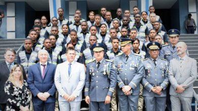 Photo of La Policía Nacional gradúa 40 nuevos técnicos forenses
