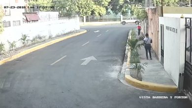 Photo of Video muestra momento en que hombre arrebata cartera a mujer próximo al Parque del Este