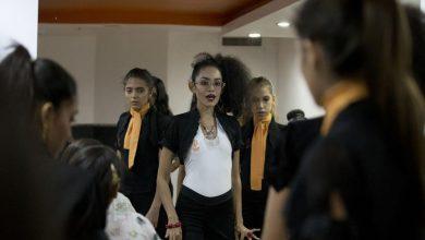 Photo of Venezolanas apuestan a concursos de belleza pese a escándalo