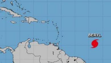 Photo of Huracán Beryl se intensifica y podría fortalecerse aún más