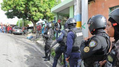 Photo of Se entrega implicado en asalto al Banco Popular
