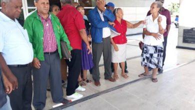 Photo of Residentes de Los Tres Brazos apoyan acción de la Procuraduría contra acusados de vender terrenos