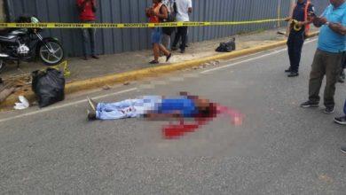Photo of Policía municipal mata de un tiro a un «limpiavidrios» en el Zooberto Park