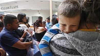 Photo of Gobierno reunirá hoy con sus padres a 63 niños inmigrantes menores de 5 años