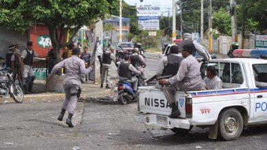 Photo of La Policía y el Ejército envían contingente a Navarrete por paro de labores