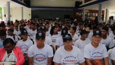 Photo of Policía Comunitaria orienta 22,401 personas con charlas y cursos en lo que va de año