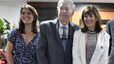 Photo of Embajadora Bernstein dice viene «a trabajar muy de cerca para mejorar la educación y el comercio bilateral»