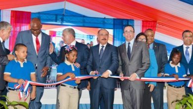 Photo of Presidente Danilo Medina entrega centro educativo en Brisas del Este
