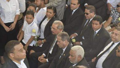 Photo of Radhamés Camacho asiste al funeral de Monchy Rodríguez
