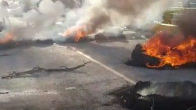Photo of Protestan en Hondo Valle por contratación de profesores de San Juan