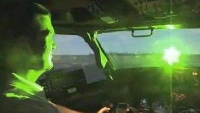 Photo of Idac advierte sobre peligro de apuntar a aviones en aproximación con punteros láser