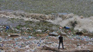 Photo of Vídeo: La basura invade nuevamente al Malecón tras lluvias de Isaac
