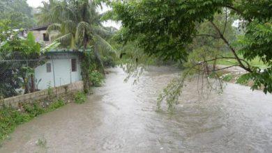 Photo of Cañada en La Puya de Arroyo Hondo inunda 11 viviendas