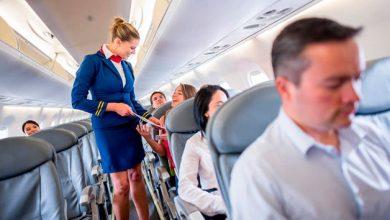 Photo of Secretos muy obscuros que pasan en un avión y que las azafatas han revelado
