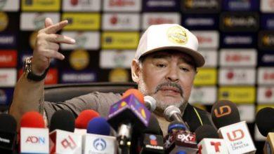 Photo of Diego Maradona arremete contra FIFA y Gianni Infantino; defiende a Lionel Messi