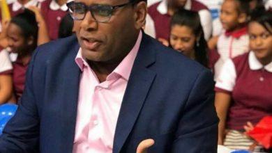 Photo of Jhon Berry denuncia fue sacado de programa de Supercanal 33