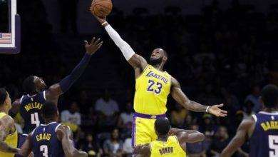Photo of LeBron James cautiva a aficionados al iniciar nueva era con Lakers