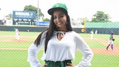 Photo of Hija de periodistas es nombrada madrina de las Estrellas Orientales