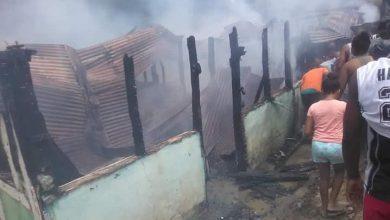 Photo of Hombre le quita la vida a su pareja y la comunidad lo quema vivo.