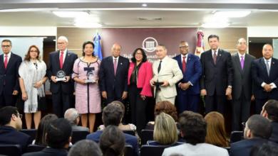 Photo of Tribunal Constitucional reconoce labor de magistrados concluyen periodo 2011-2017.