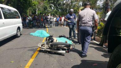 Photo of Agente de la DIGESETT muere tras chocar motor con camión de basura.