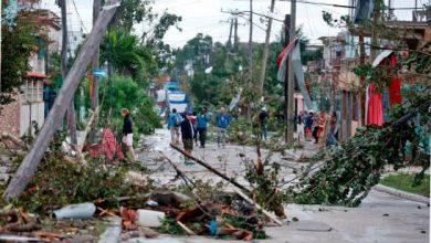 Photo of «Vi como una candela, empezó a caerse todo», dice cubana sobre tornado