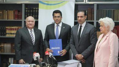 Photo of Alcalde del DN entrega informe de rendición de cuentas a FINJUS.
