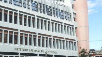 Photo of Damnificados por fuego reclaman viviendas a director del INVI.