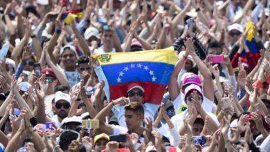 Photo of Salen del aire en Venezuela canales que transmitían concierto por ayudas