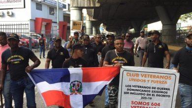 Photo of Vídeo: Soldados dominicanos sirvieron en Irak vuelven a reclamar beneficios que les prometieron hace 16 años