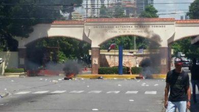 Photo of ¡Cuidado! Disturbios en los alrededores de la UASD.