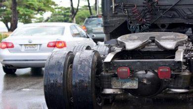 """Photo of Retienen vehículos por las """"gomas lisas"""""""