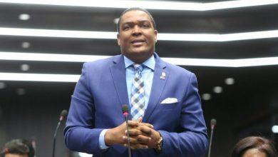 Photo of Diputado advierte plan en su contra ante Procurador.