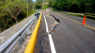 Photo of Lluvias afectan inaugurada vía en Jarabacoa.