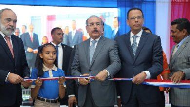 Photo of Danilo entrega centro educativo en Los Alcarrizos; albergará a 840 estudiantes en Tanda Extendida.