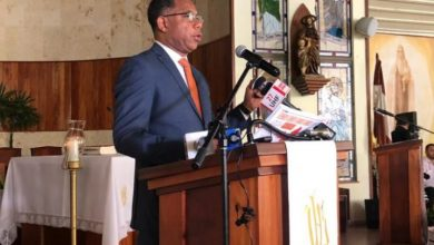 Photo of Se va la luz justo cuando gerente de Edesur ofrecía discurso en Naco.